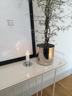 Ljushållare i mässing (silver) från Ester & Erik