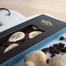 Mjölkchoklad med kaffe, banan och ingefära (ekologisk) - Backamo choklad