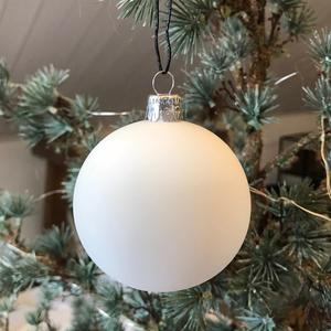 Julgranskula munblåst vit matt (stor) - Kärrstegen